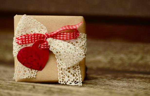 gift-1196288_1920